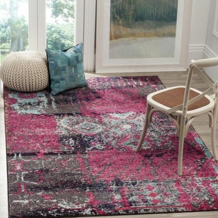 les tapis modernes 45 id es int ressantes pour d corer. Black Bedroom Furniture Sets. Home Design Ideas