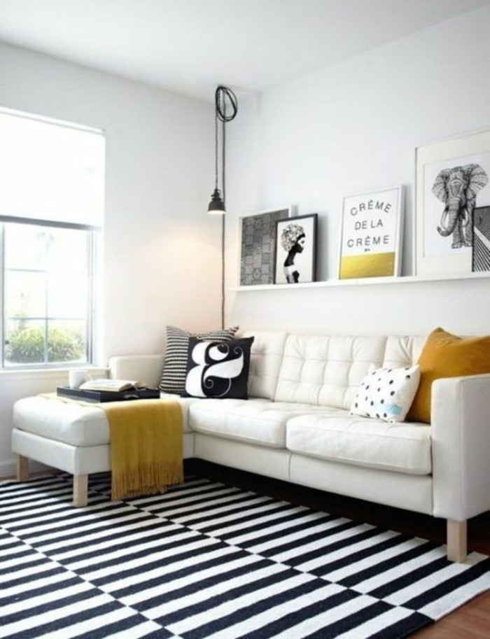tapis-modernes-un-tapis-coloré-en-noir-et-blanc