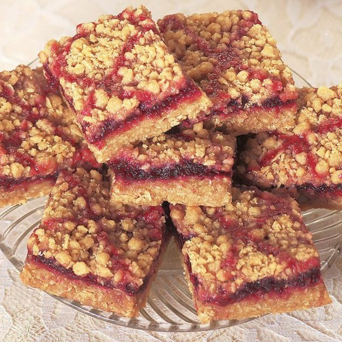 tarte-crumble-crumble-delicieux-aux-fruits-rouges