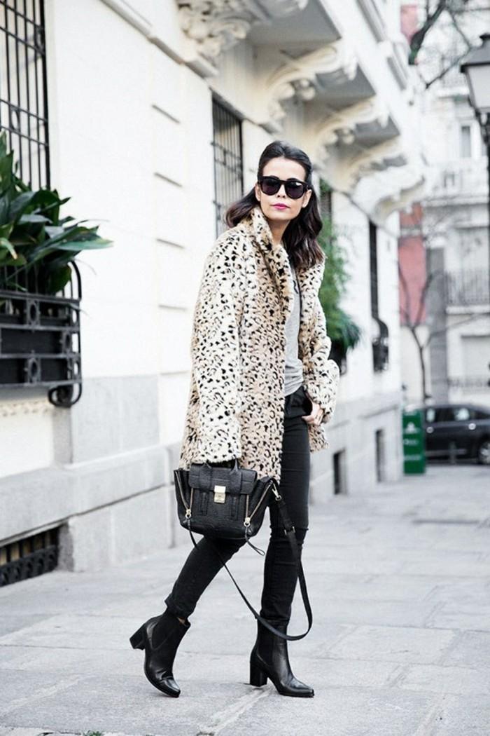 tendance-chaussure-bottines-noires-femme-sac-a-main-cuir