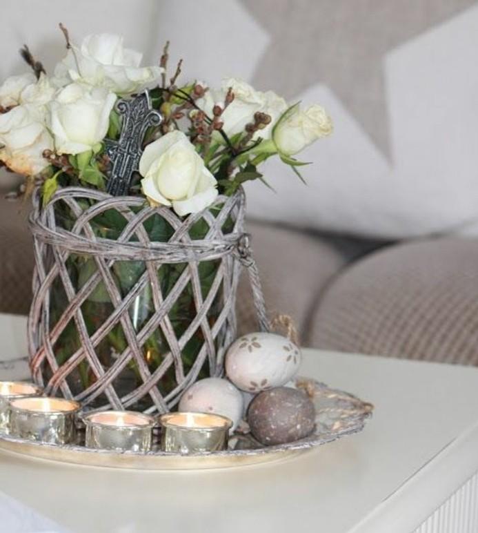 tres-jolies-fleurs-et-oeufs-deco-table-paques-geniale-et-tres-esthetique