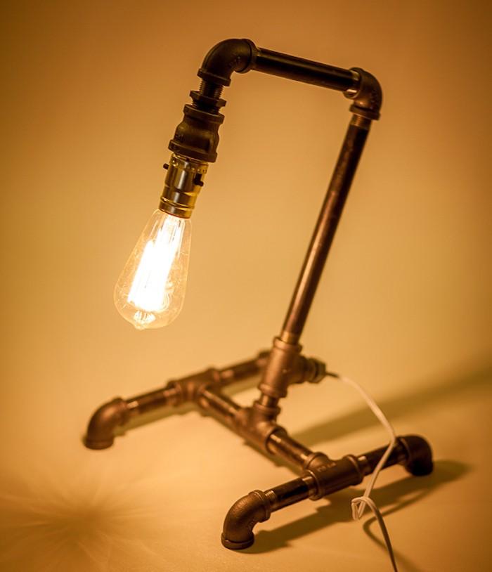 fabriquer-lampe-diy-style-industriel-idee-deco-tuyaux
