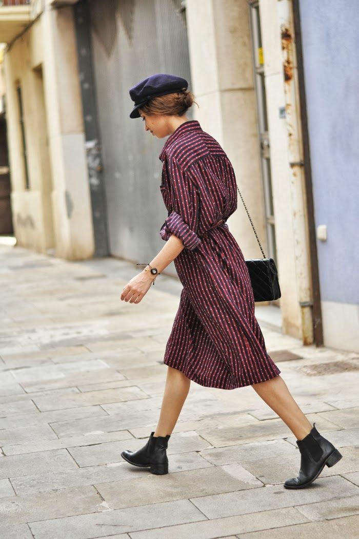 une-idee-jolies-bottes-tendances-bottines-a-talon-robe-mi-longue-chemisier