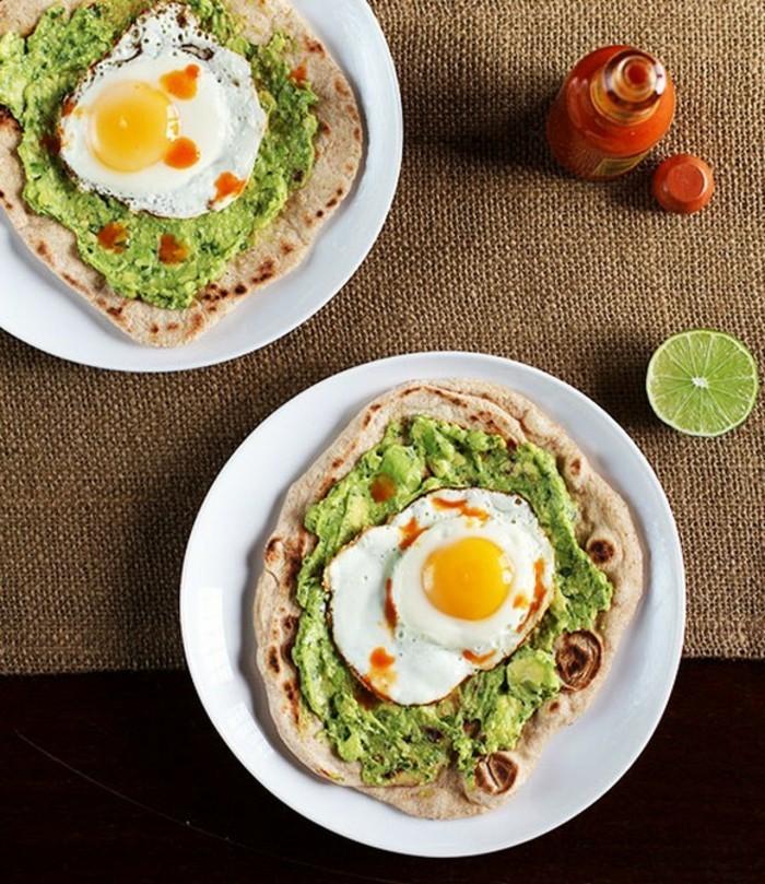 une-recette-a-base-d-avoca-salade-avocat-thon-dejeuner