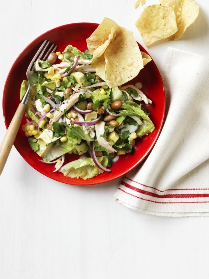 une-recette-a-base-d-avoca-salade-avocat-thon-idee