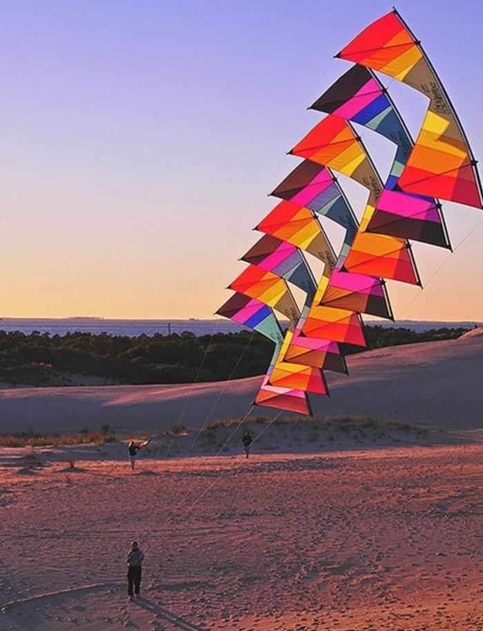 une-tres-jolie-photo-comment-fabriquer-un-cerf-volant-modele-multicolore-et-plus-elabore