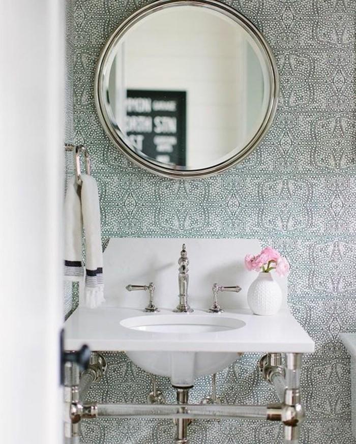 vasque-suspendue-carreaux-design-ancien