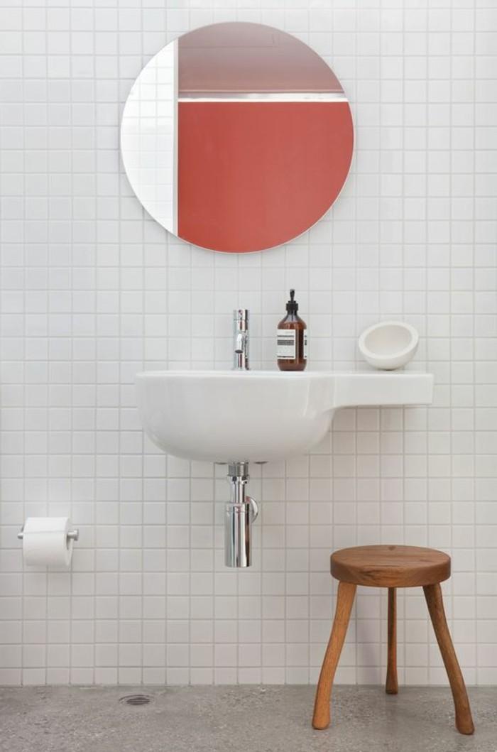 55 id es pratiques pour votre vasque suspendue for Petit carreaux salle de bain