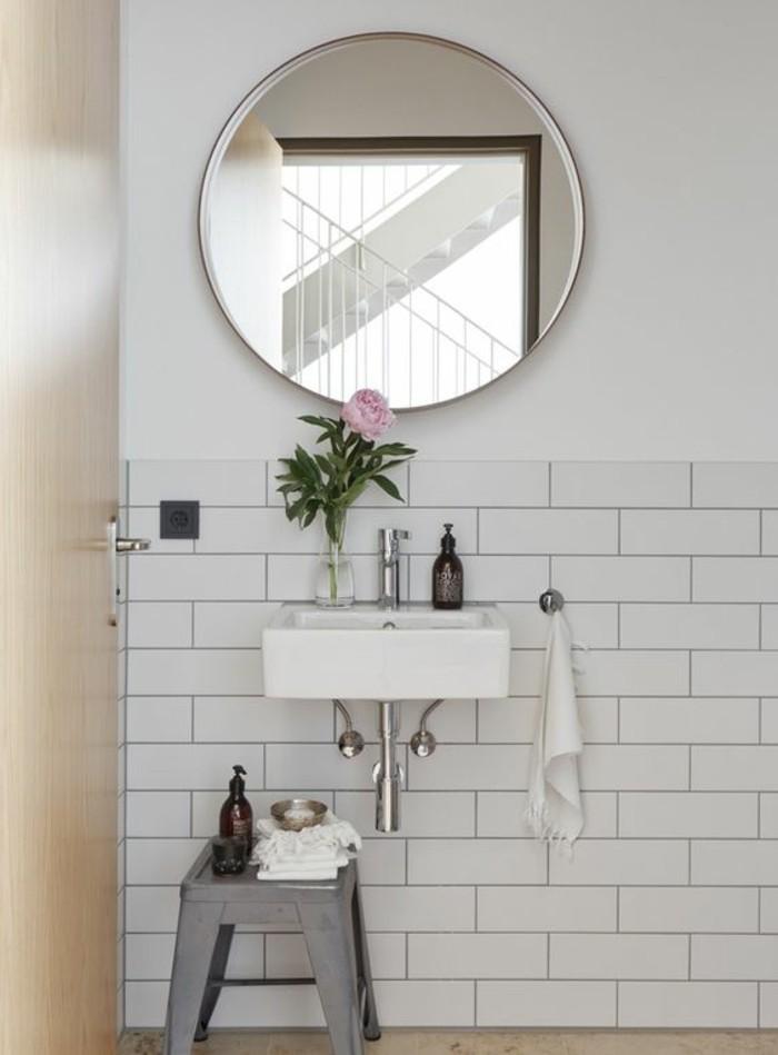 Miroir rond dans wc caen design for Miroir wc design