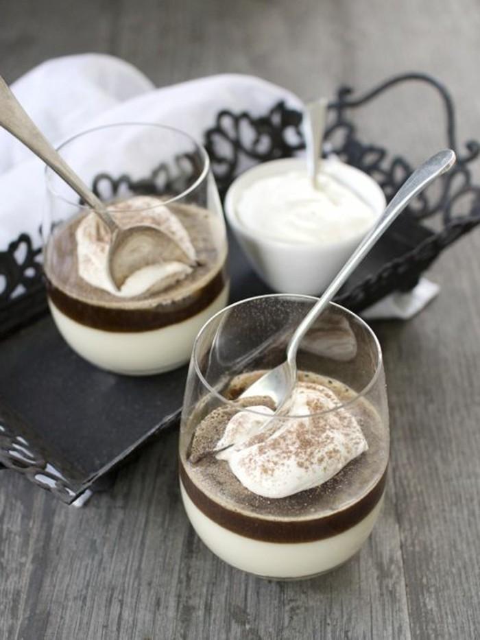 verrine-sucree-dessert-en-noir-et-blanc-verrines-dessert
