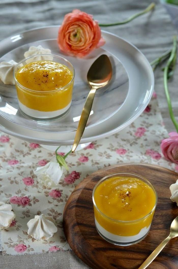 verrine-sucree-dessert-original-puree-de-mangue-dessert-en-verrine