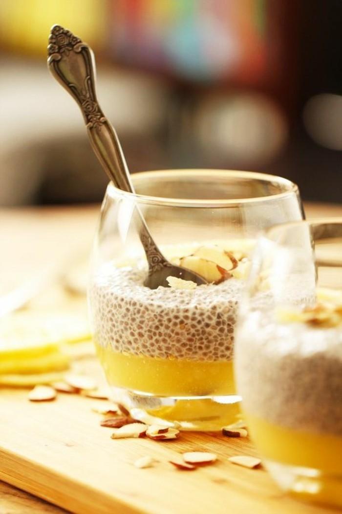 verrine-sucree-idees-verrines-sucrees-dessert-de-deux-couleurs