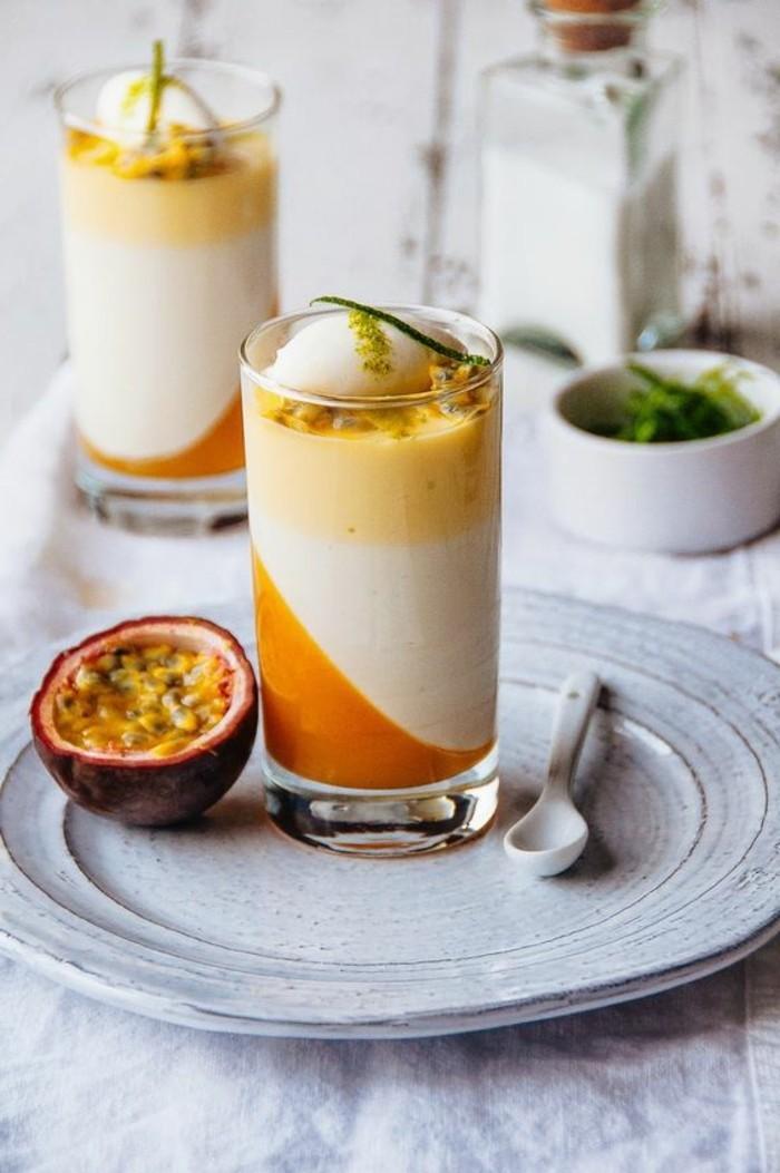 verrine-sucree-originale-dessert-en-verre-transparent