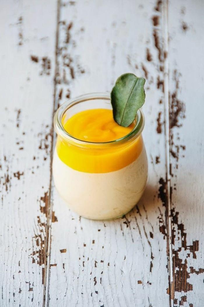 verrine-sucree-verrines-sucrees-faciles-idees-dessert-original
