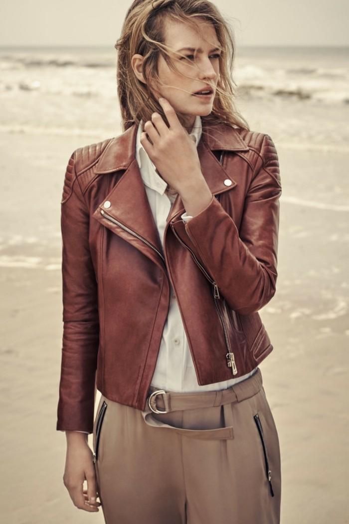 veste-en-cuir-marron-femme-idee-s-habiller-bien-beaute