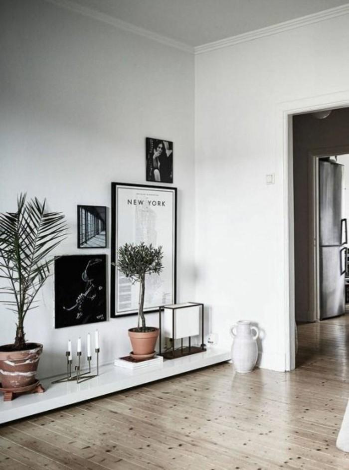 etagere-basse-en-matiere-lisse-sol-en-bois-rangement-moderne