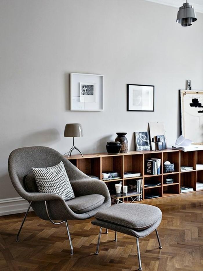 etagere-basse-fauteuil-ergonomique-rangement-pratique