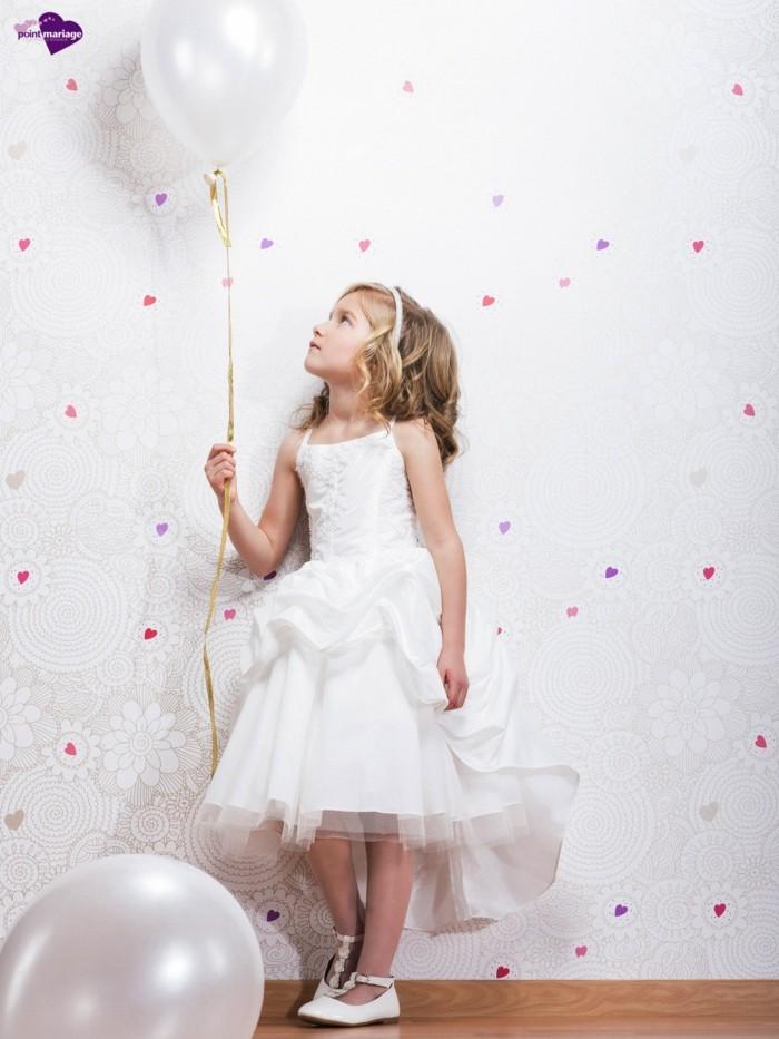 08-tenue-mariage-enfant-point-mariage-princesse-toute-en-blanc-avec-ceinture-blanche-resized