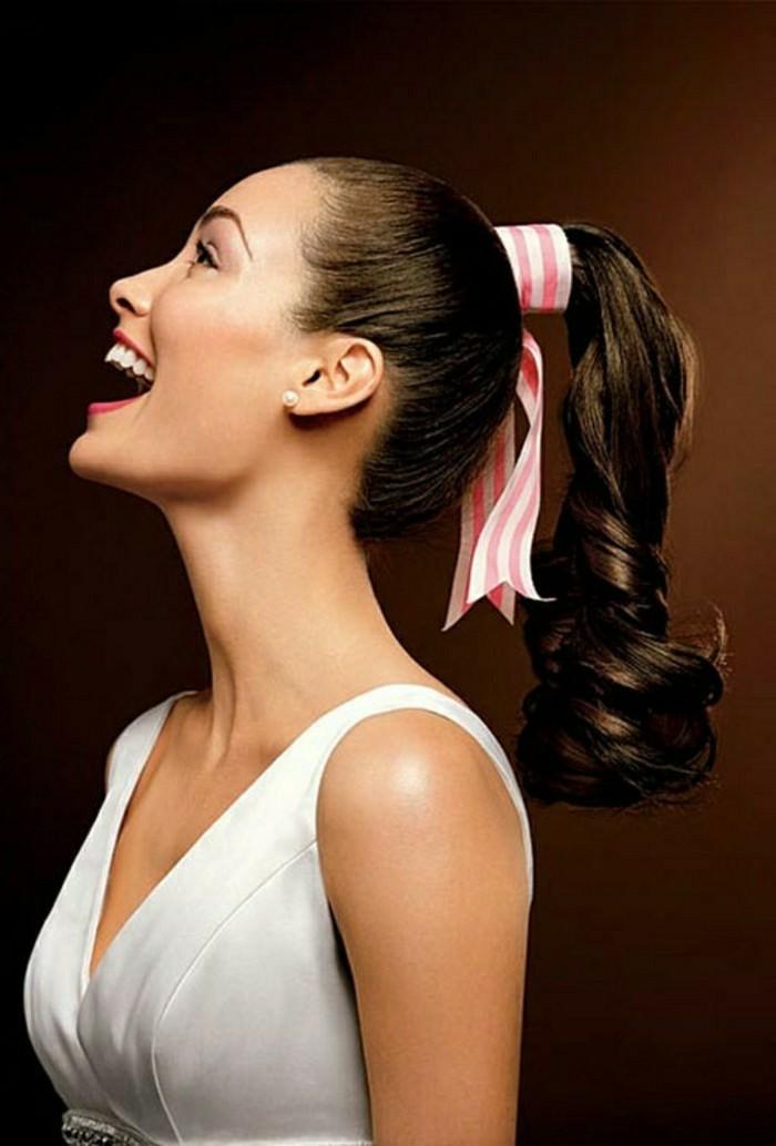 6-idee-de-coiffure-simple-facile-et-rapide-cheveux-longs