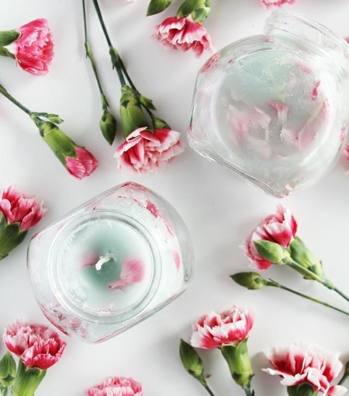 diy-fabriquer-des-bougies-avec-des-motifs-floraux-idee-geniale-pour-la-decoration-de-votre-maison-ou-appartement