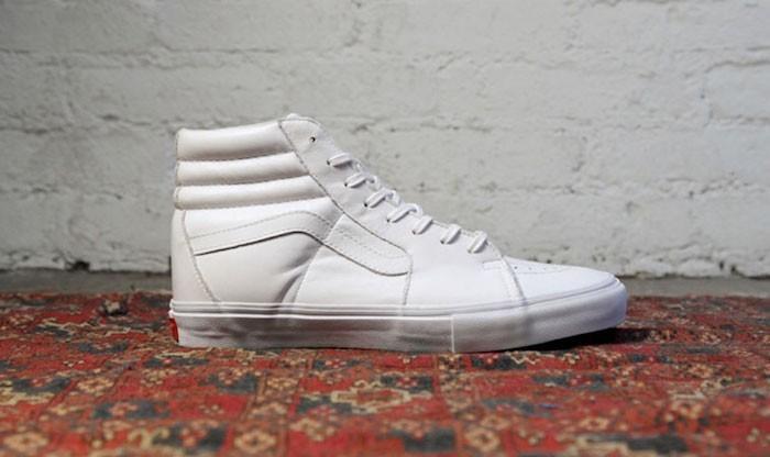vans-vault-old-skool-montant-cuir-blanc-blanche
