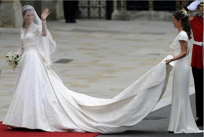 habillée-robe-de-mariée-manche-robes-mariage-robe-princesse-kate