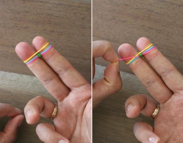 ajouter-un-autre-elastique-pour-continuer-votre-travail-comment-faire-des-bracelets-en-elastique