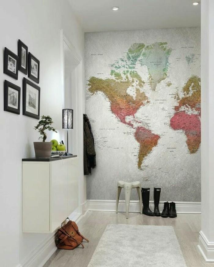 amenagement-entree-fond-blanc-papier-peint-mappemonde