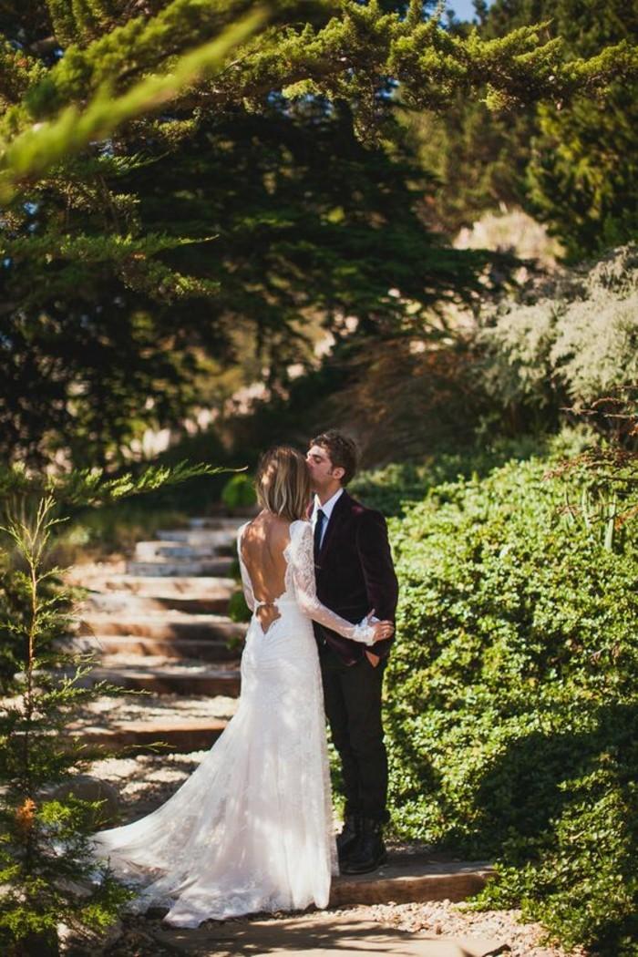amour-mariage-robe-de-mariee-avec-manches-chouette-photo