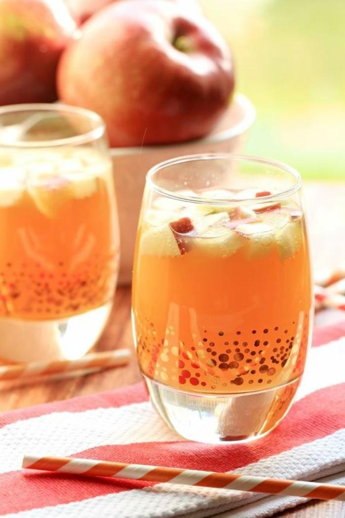 aperitif-sans-alcool-cockatil-de-pommes-et-de-jus-fruitiers