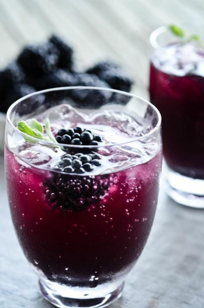 aperitif-sans-alcool-cocktail-sans-alcool-simple-aux-framboises