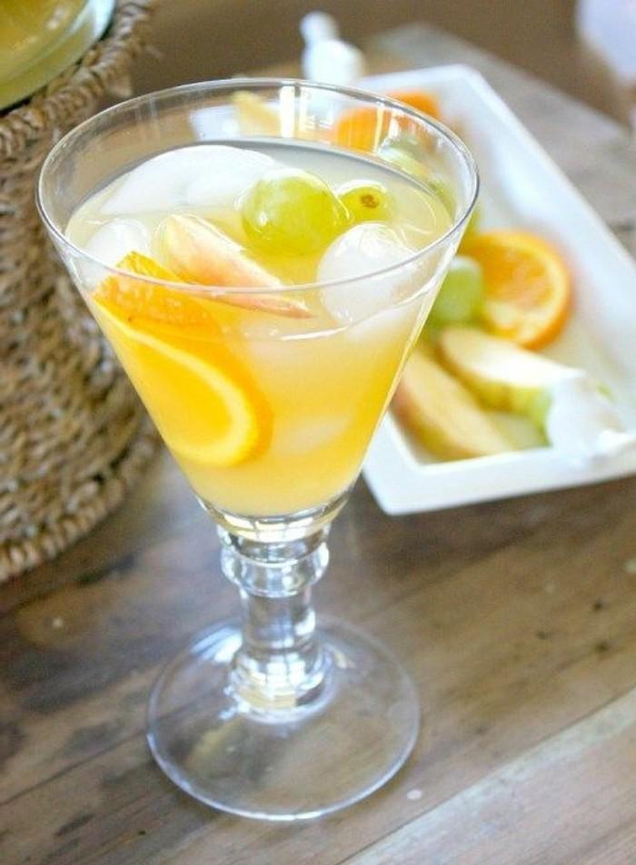 aperitif-sans-alcool-sangria-blanche-cockyail-de-fruit-sans-alcool