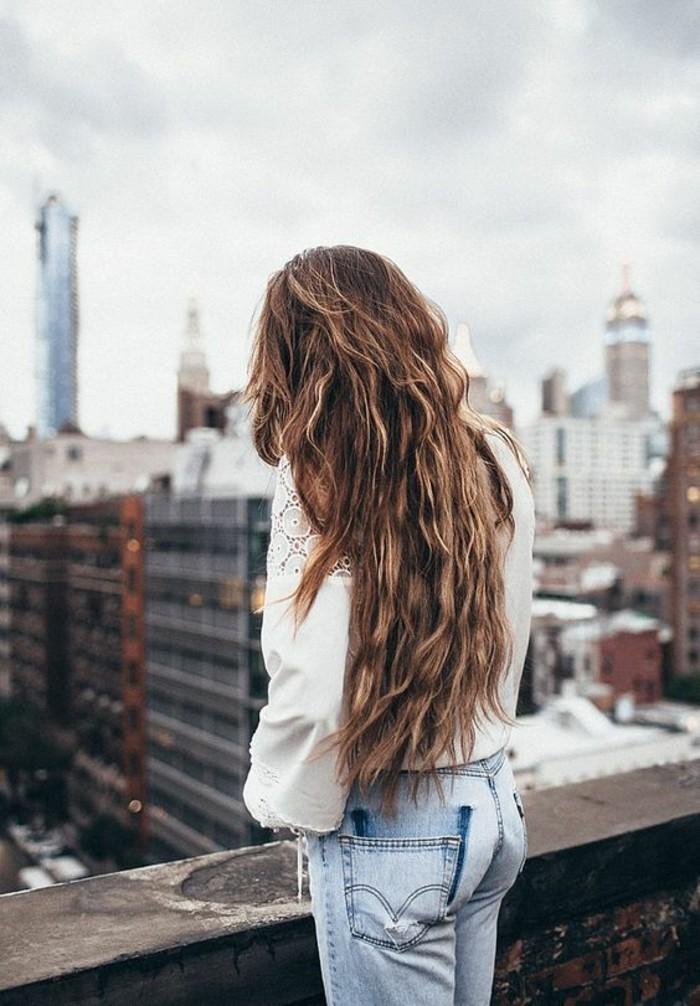 Cheveux degrade long vue de dos
