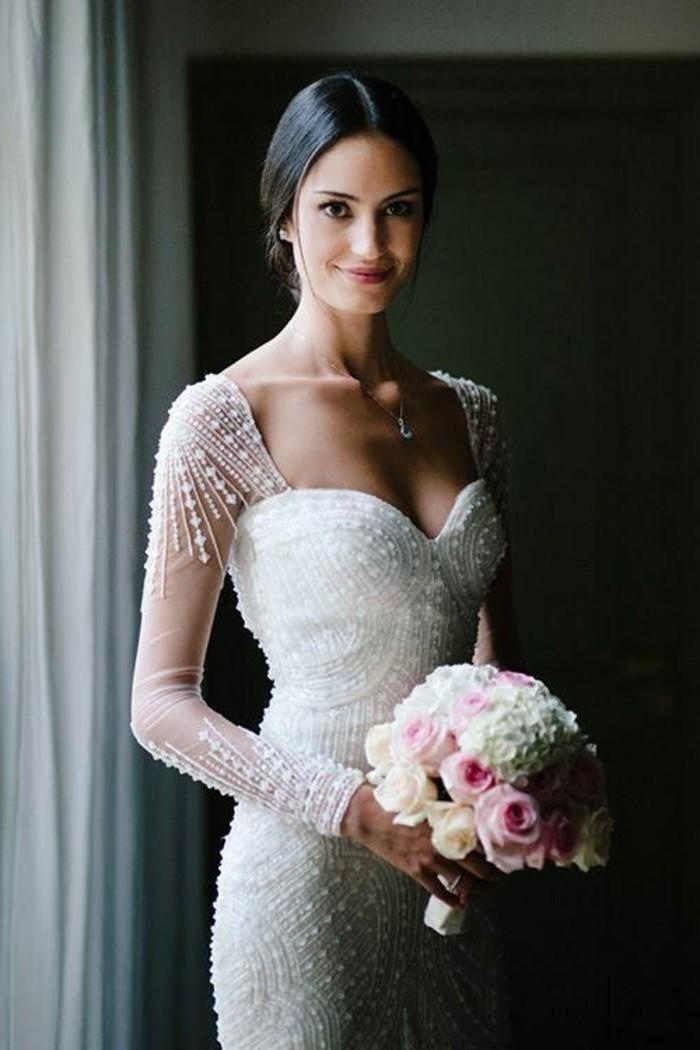 beaute-mariage-robe-de-mariee-avec-manches-jolie-mariee