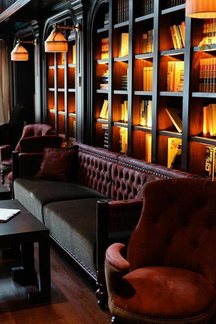bibliotheques-meubles-casiers-muraux-eclaires-sofa-confortable