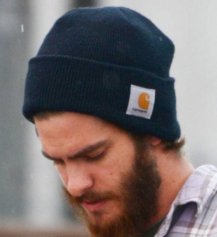 bonnet,carhartt,homme,bleu,coupe,hipter,homme,barbe