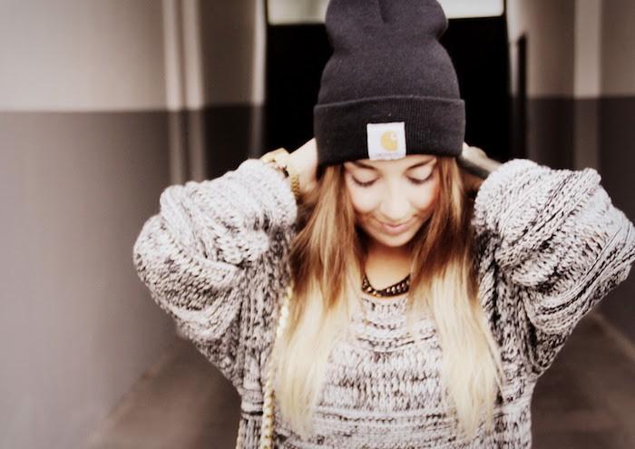 bonnet-carhartt-noir-femme-hipster-fille-carhart-hiver-style-mode-photo