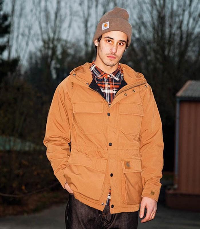 bonnet-marron-homme-manteau-carhartt-bucheron-hipster