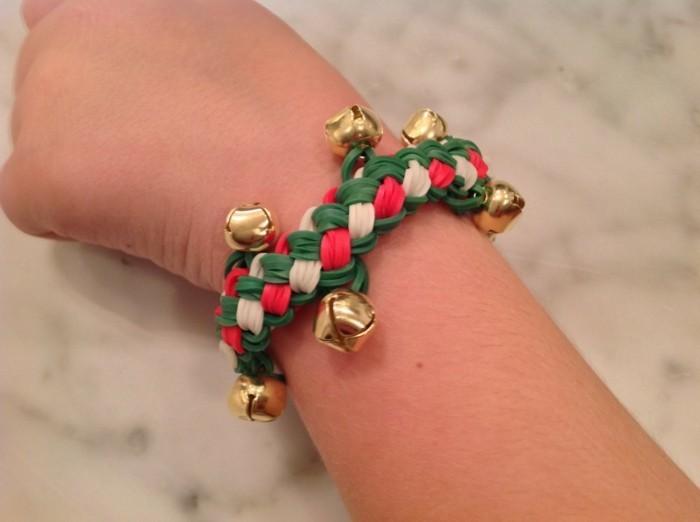 bracelet-elastique-pour-noel-une-idee-sympa-comment-faire-un-bracelet