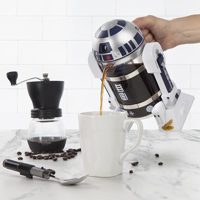bro-idee-de-cadeau-pour-noel-star-wars-caffe-resized