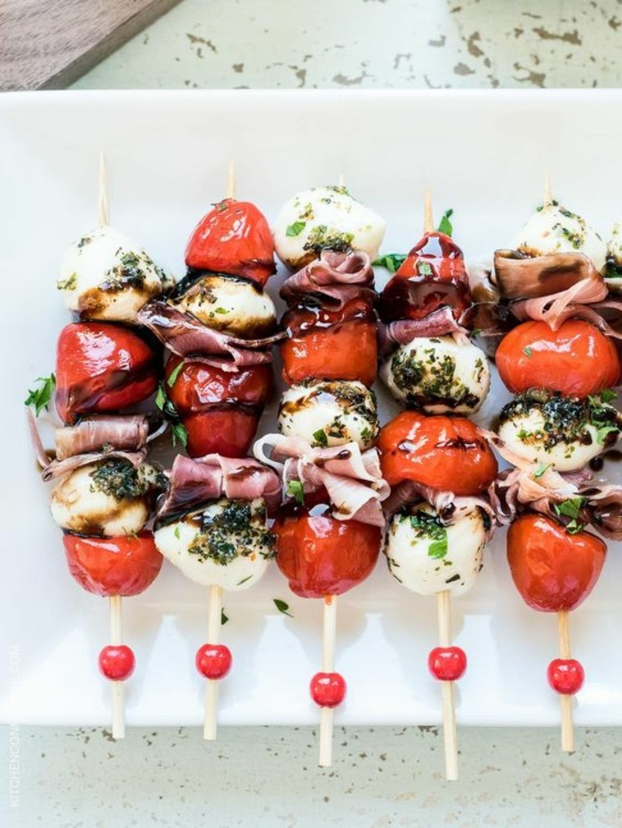 brochette-apero-dinatoire-tomates-cerise-mozzarella-jambon-cru