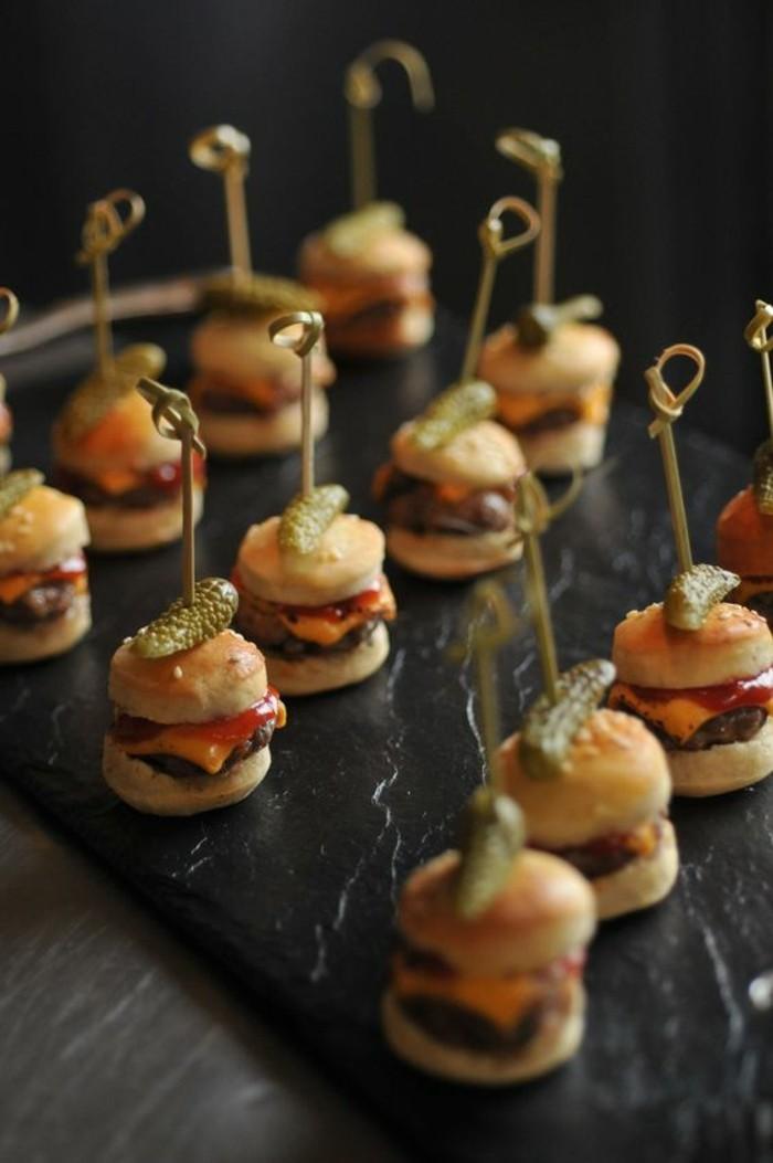 brochette-apero-originale-mini-hamburger
