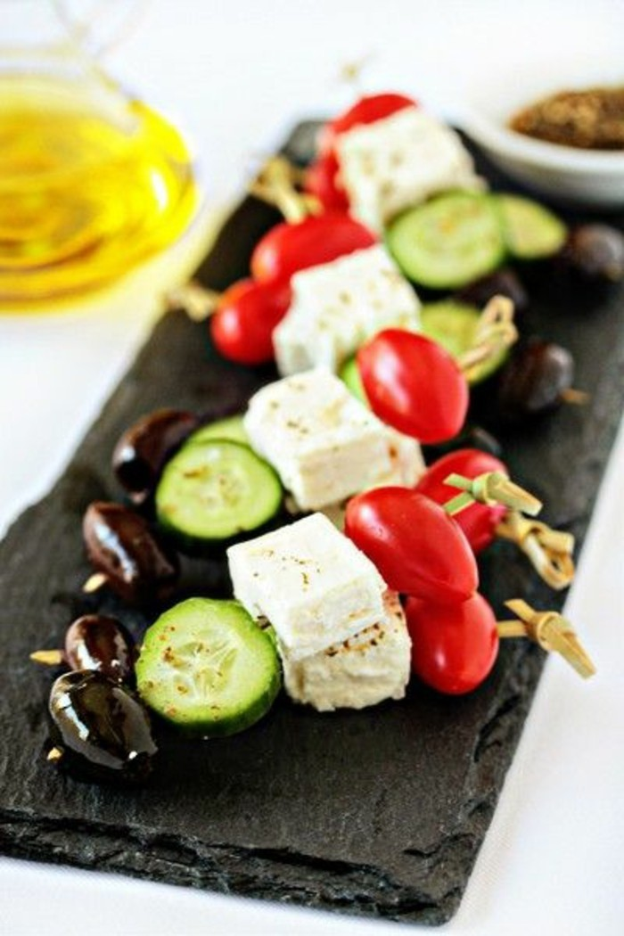brochette-apero-salade-grecque-tomates-fraiches-concombre-fromage