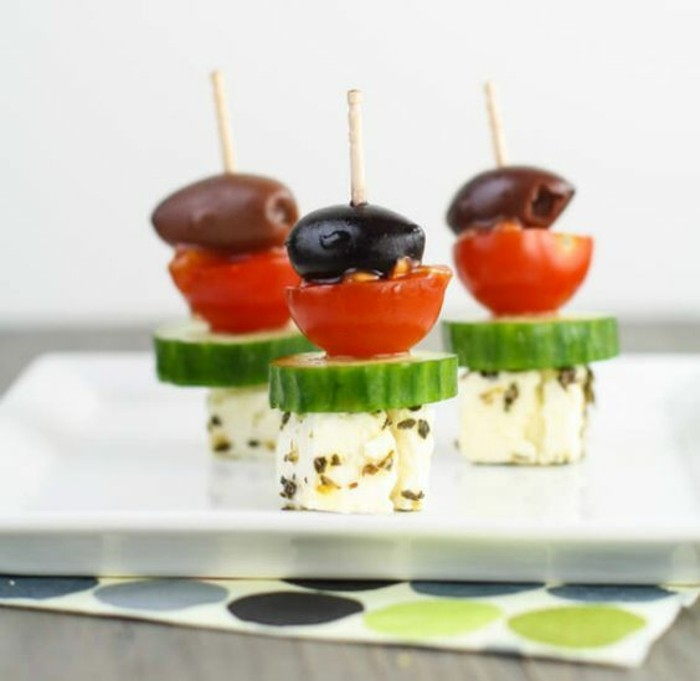 brochette-apero-salade-greque-tomates-cerises-fromage-olives
