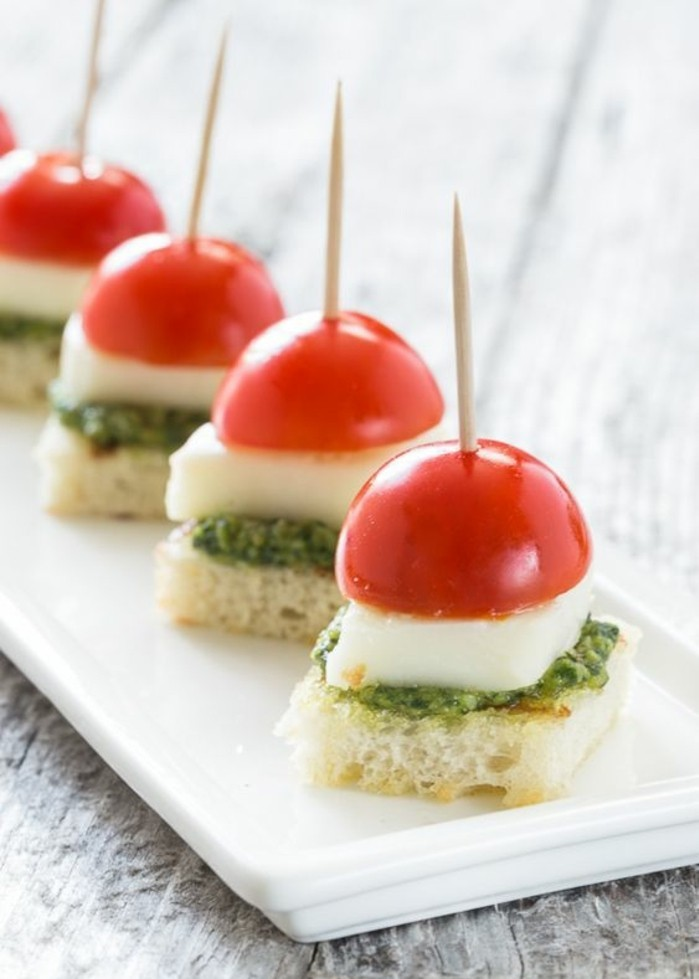 brochette-apero-simple-tomates-cerise-fromage