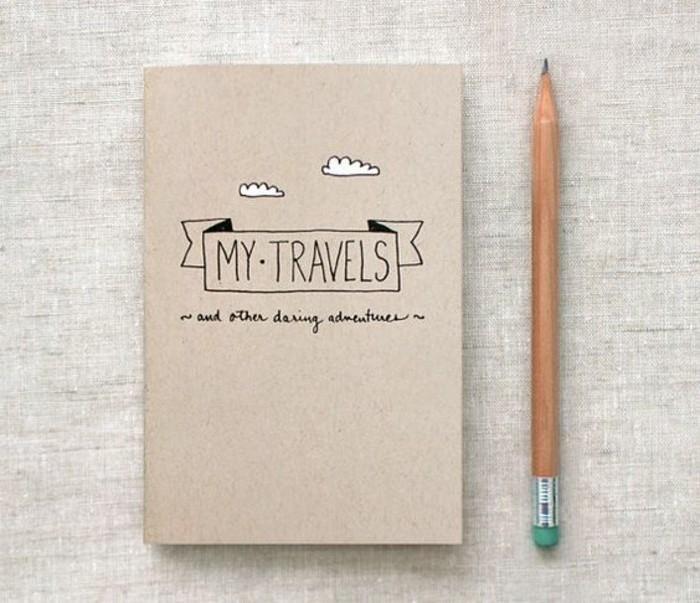 cahier-de-voyage-crayon-journal-nuages-dessin