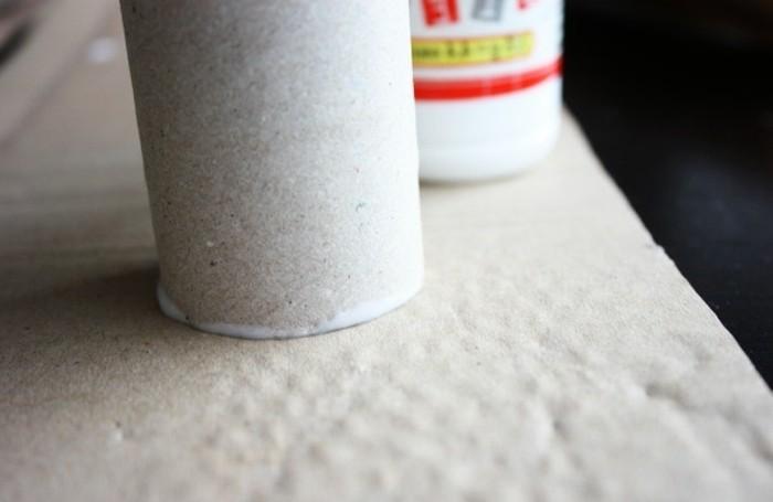 calendrier-de-l-avent-confectionne-a-l-aide-de-rouleaux-de-papier-toilette-calendrier-de-l-avent-a-fabriquer
