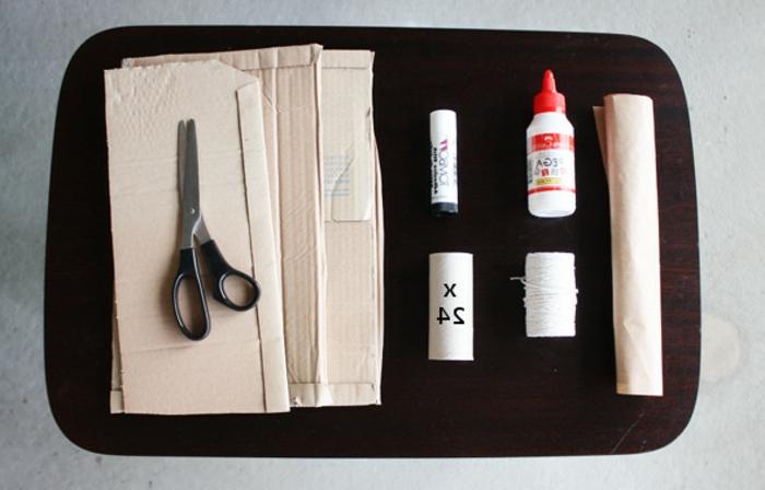 calendrier-de-l-avent-modele-interessant-fabrique-a-partir-de-rouleaux-de-papier-toilette
