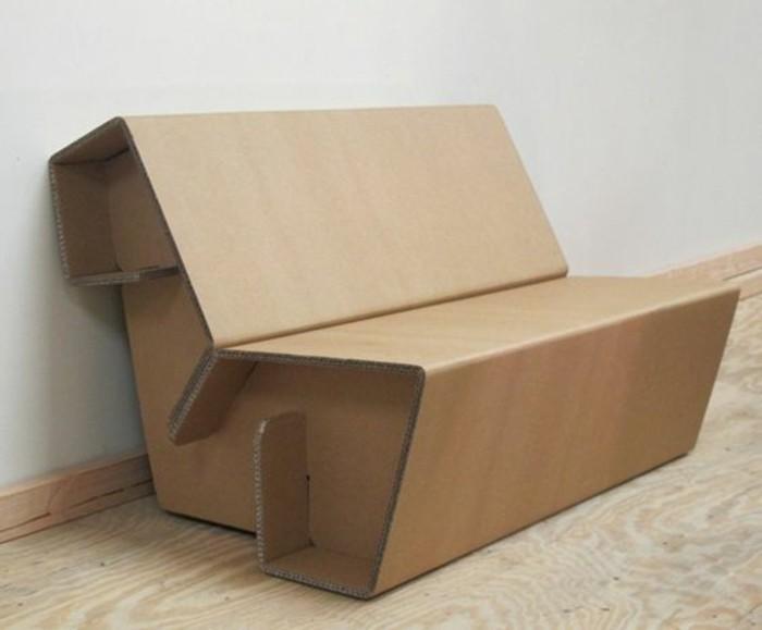 canape-en-carton-tuto-meuble-en-carton-pour-fabriquer-du-mobilier-originale-et-ecolo