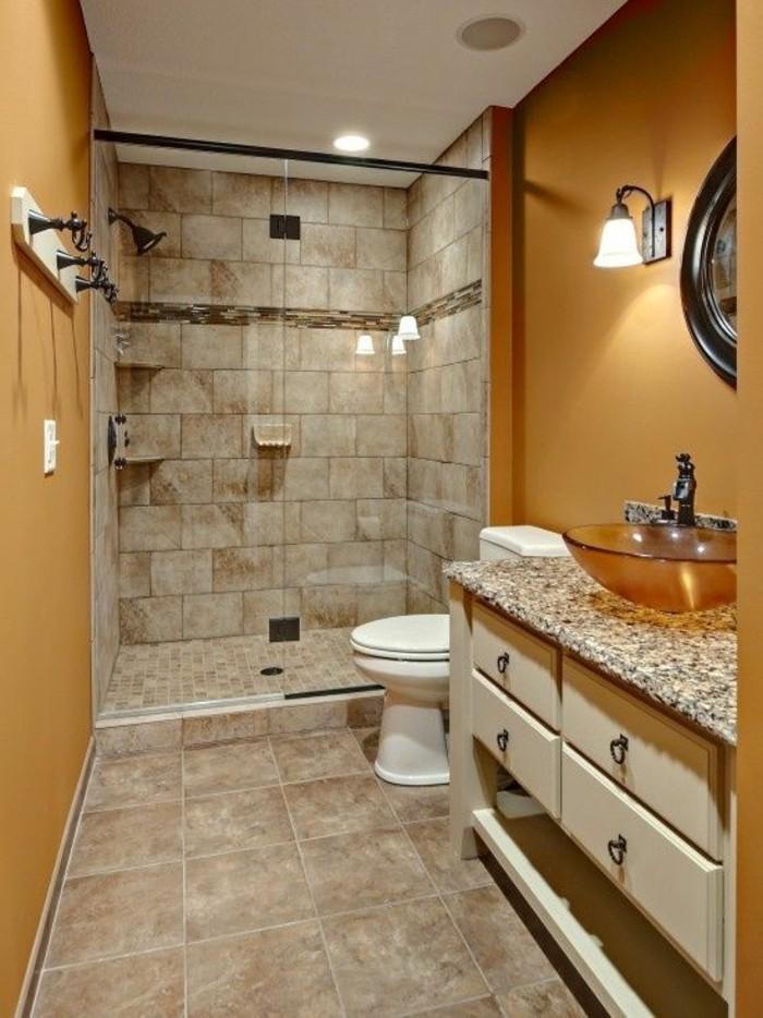 carrelage-poli-brillant-salle-de-bain-en-ocre-et-beige-salle-deau-luxueux